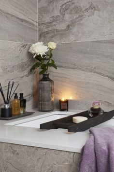 Creating the luxury spa retreat bathroom at home: Achieving a sense of 'luxury spa', is about both the look and feel. A space that appeals to, and engages, all the senses. Somewhere offering ambiance above all - that soothes and feels deliciously 'zen'. Spa Bathroom Decor, Spa Inspired Bathroom, Bathroom Designs, Bathroom Staging, Ikea Bathroom, Bathroom Ideas, Spa Interior Design, Best Kitchen Design, Eiffel