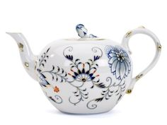 Teapot, Blue Onion, red and gold accents, Meissen