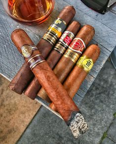 The perfect weekend Cigars And Whiskey, Good Cigars, Pipes And Cigars, Cigar Club, Cigar Bar, Cigar Room, Up In Smoke, Cigar Smoking, Cuban