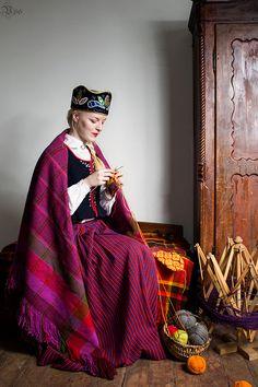 Tautastērps. Latvian folk costume.