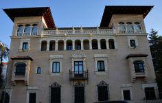 Palacio Marqueses Bermejillo del Rey. Hoy sede del Defensor del Pueblo. Calles Fortuny y Eduardo Dato. Madrid