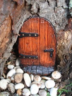 Fairy Door with Step. The Leddiq Door. - Die Stone Cast.