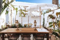 〚 Casa Telmo hotel with bohemian vibe on the island of Menorca 〛 ◾ Photos ◾Ideas◾ Design Outdoor Spaces, Outdoor Living, Outdoor Decor, Outdoor Life, Outdoor Furniture, Mediterranean Garden Design, Turbulence Deco, Gravity Home, Jolie Photo