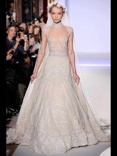 decouvrez-robes-mariee-haute-couture-printemp-L-8zlyJ1.jpeg (780×1040)