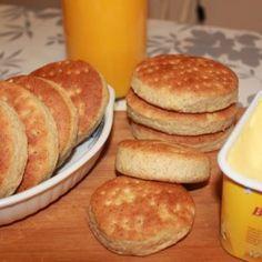 Polarbrød – Spiselise Hamburger, Nom Nom, Pancakes, Food And Drink, Baking, Breakfast, Morning Coffee, Bakken, Pancake