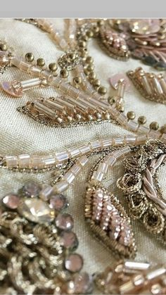 Image gallery – Page 523332419190216634 – Artofit Tambour Embroidery, Hand Work Embroidery, Couture Embroidery, Embroidery Motifs, Embroidery Fashion, Hand Embroidery Designs, Ribbon Embroidery, Fabric Beads, Fabric Jewelry