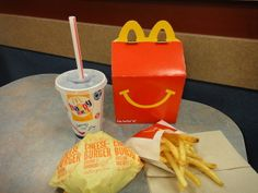A Guatemalan woman invented the Happy Meal. | 18 Things You Didn't Know About The History Of Fast Food