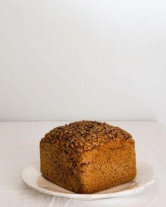 Pan de cereales. Simple pero denso. Photo by Beatriz Muñoz Lopez