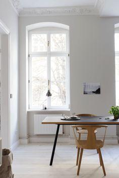 my scandinavian home: A calm Berlin home with a bold twist Berlin Apartment, Apartment Interior, Home Interior, Interior Decorating, Interior Design, Decorating Ideas, Interior Inspiration, Room Inspiration, Scandinavian Home