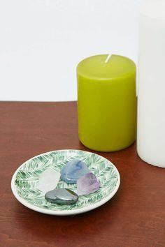 Schmuckschale aus Keramik mit Farnmotiven