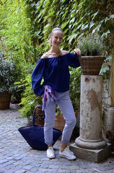 ReNika wearing: Outfit: Biasa top, Patrizia Pepe pants, MaxMara scarf, Converse sneakers (Photo: Jitka Grundová) Lilac, Lavender, Converse Sneakers, Patrizia Pepe, Fashion Inspiration, Fashion Outfits, How To Wear, Pants, Tops
