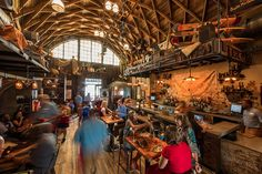 With an imaginative, playful design that tells the story of a man who loved the adventure of flight, Jock Lindsey's Hangar Bar is open along the waterfront at Downtown Disney at Walt Disney World Resort. Disney World Resorts, Walt Disney World, Disney Parks, Disney Food, Disney Destinations, Orlando Disney, Disney 2017, Disney Disney, Downtown Disney