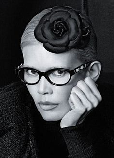 e2261b6b0c tilda swinton glasses - Google Search Fashion Shoot