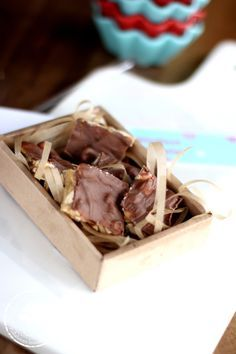 pähkinäkinuski Sweets, Candy, Chocolate, Baking, Food, Gummi Candy, Bakken, Essen, Goodies