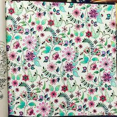 11枚目、完成〜✏️ 、 今いちばんお気に入りの、ピンク&グリーンの 組み合わせ 、 #コロリアージュ #大人の塗り絵#ひみつの花園