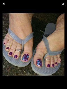 Nice Toes, Pretty Toes, Cute Toe Nails, Flipflops, Women's Plus Size Swimwear, Foot Pics, Tan Body, Beautiful Toes, Foot Toe
