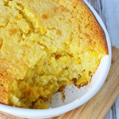 This easy corn pudding casserole uses Jiffy Corn Muffin Mix Corn Pudding Casserole, Easy Corn Pudding, Sweet Corn Pudding, Cornbread Pudding, Easy Casserole Dishes, Jiffy Cornbread Mix, Corn Pudding Recipes, Corn Recipes, Casserole Recipes