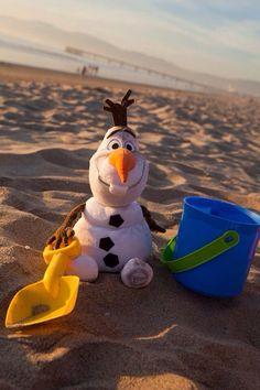 Olaf loves the beach