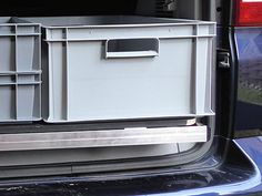 Reardrawer for California Comfortline and Coast/Ocean This robust and lightweight rear pull-out is optimized for standardized Euro boxes and can be used flexibly. Although the drawer is flush with the lattice frame, the rear bench has to . Vw T5, Vw Beach, T6 California, Guide System, Telescopic Pole, Rear Extension, Side Wall, Back Seat, Campervan