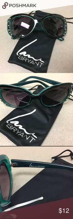 🕶Oversized Green & Black Sunglasses Stylish, oversized green & black sunglasses. These round  shaped glasses are adorned with rhinestones to add just a hint of sparkle! 100% UV Protection. Comes with a soft, protective case. In great condition! Lane Bryant Accessories Sunglasses