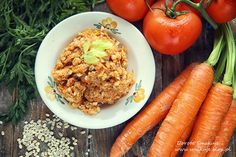 Przepisy na pasty do chleba Poland, Carrots, Vegetables, Food, Meal, Essen, Carrot, Vegetable Recipes, Hoods