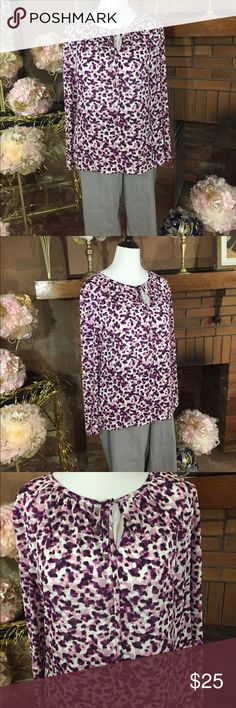 Liz Claiborne top and Dalia Collection pants Liz Claiborne purple long sleeve top sz XL. In like new condition. Dalia Collection ankle length stretch pant with small black pin stripe pattern sz 18. Like new condition. Please check out all pictures for best description of the items. Ask me any questions and happy shopping. Dalia Collection  Pants Ankle & Cropped