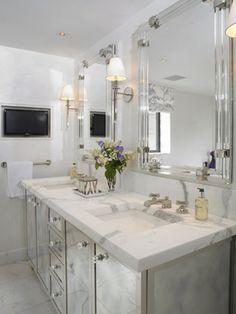 394416879838519888 bathroom mirrors // Elizabeth Bauer Designs