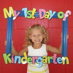 Welcome to kindergarten bulletin boards Kindergarten Photos, Welcome To Kindergarten, Welcome To School, Kindergarten Activities, Preschool Activities, Preschool First Day, First Day Of School Activities, Kindergarten First Day, Kindergarten Graduation