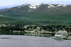 """Die """"Aida blu"""" im Hafen von Akureyri"""