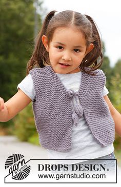 """Small knitted DROPS vest in garter st in """"Nepal"""". Knit Baby Sweaters, Baby Hats Knitting, Knitting For Kids, Easy Knitting, Knitted Hats, Drops Design, Knitting Designs, Knitting Patterns Free, Knit Patterns"""