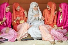 Hijab Muslim bride bridesmaid Egypt