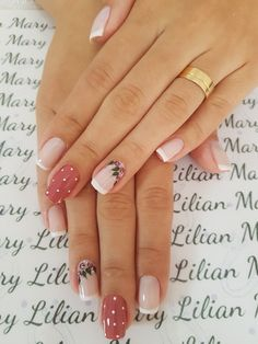 These nails are honestly so cute with the polka dots and the roses❤❤💕💕