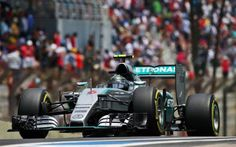 Nico Rosberg beats Hamilton to Brazilian GP pole