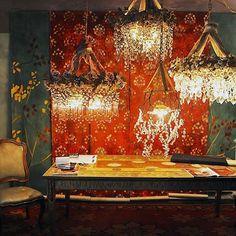 The power of Giovando Carozzi. Soon together #sarzana #summer2017 #furnituredesign #chandelier #wallpaper #artecontemporanea #decoration #interiordesign #handmade #madeinitaly #style #luxury