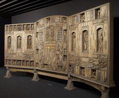 L'Holocauste Pascal Verbena L'Holocauste, s.d. assemblage de bois et de matériaux divers 200 x 400 cm . Verbena, Pascal