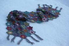 VÅRLI : Det lekreste blomstersjal ♥ Crochet Necklace, Rose, Accessories, Jewelry, Fashion, Moda, Pink, Jewlery, Jewerly