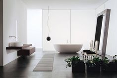Duża łazienka czarno-biała