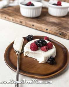 Keto Panna Cotta (Egg Free) Low Carb Meal Plan, Low Carb Keto, Low Carb Recipes, Free Recipes, Elegant Desserts, Fun Desserts, Dessert Recipes, Cheesecake Recipes, Recipes Dinner