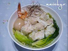 鶏ガラスープの素  塩  胡椒  ネギにんにく油  海老油でスープを作りました。 トッピングは海老ワンタン  チンゲン菜  白髪ネギ  煮卵です。 ワンタンが美味しかった~(*≧∀≦*) - 135件のもぐもぐ - 冷やし海老塩ラーメン  海老ワンタントッピング by maichyo