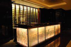The Peak Suite : Bar Counter Retail Interior Design, Bar Interior, Interior Ideas, Lobby Lounge, Bar Lounge, Cafe Restaurant, Restaurant Design, Beach House Deck, Bar Design Awards