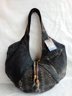 upcycled denim hobo Bag/jeans bag/Jeans recycling bag/Hobo Taske/ by UpDbagSByMarina on Etsy https://www.etsy.com/listing/596545965/upcycled-denim-hobo-bagjeans-bagjeans