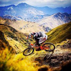 mountain bike<imdbot..