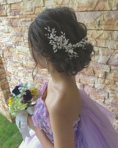 "58 Likes, 5 Comments - @rejouir.bridal_hair on Instagram: "". 左右で印象が変わりますね✨✨ 飾りが無くても華やかですよ´͈ ᵕ `͈ ♡°◌̊ #rejouir#rejouirhair#dress #hairstyle#hairmake…"""