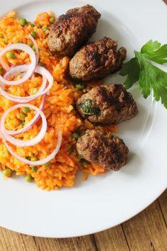 Cevapcici mit Djuvec-Reis - Kinder, kommt essen!