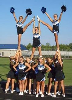 this is one of my high school cheer pictures lol. this is one of my high school cheer pictures Easy Cheerleading Stunts, Cool Cheer Stunts, High School Cheerleading, Cheerleading Pictures, Cheerleading Cheers, Cheerleading Outfits, Cheer Pyramids, Cheerleading Pyramids, Cheer Routines