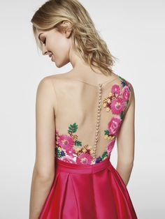 Photo of pink dress 62045 - GLEDA short sleeveless BATEAU neckline at the front (mikado and thread embroidery) Fall Dresses, Evening Dresses, Short Dresses, Frock Fashion, Fashion Outfits, Elegant Party Dresses, Pink Cocktail Dress, Frocks For Girls, Ballroom Dress