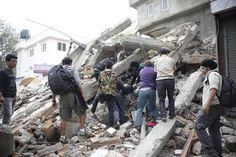 Nepal, la terra trema ancora: scossa di 7.4 | GaiaItalia.com