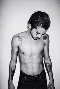 Dylan Rieder - Saint Laurent Paris jeans. Tattoos. #rasspink #hipster #bnw http://www.superrassspy.com