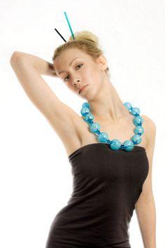 Noituus Design - Käsityökortteli Drop - Mouth-blown glass beads. Suupuhalletuista lasihelmistä valmistettu kaulakoru. Turquoise Necklace, Drop, Design, Jewelry, Fashion, Glass, Moda, Bijoux, Jewlery