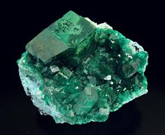 Mineral Pictures And Names | Dioptasa Mineral Specimen - Large Photo - Fabre Minerals
